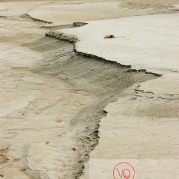 Détail texture dans la baie du Mont-St-Michel / Normandie - Réf : VQFR50-0028 (Q1)