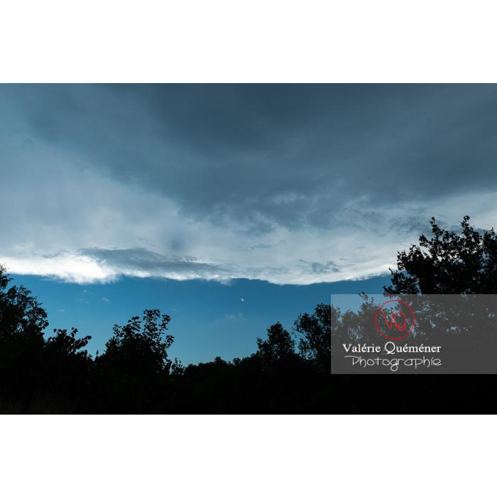 Front de nuages stratocumulus - Réf : VQ-CIEL-2014 (Q3)