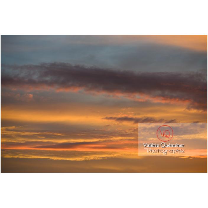 Stratocumulus au lever du soleil - Réf : VQ-CIEL-2287 (Q3)