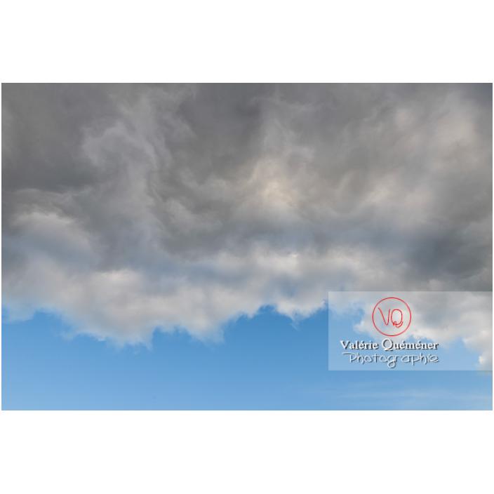 Dessous de cumulonimbus - Réf : VQ-CIEL-2292 (Q3)