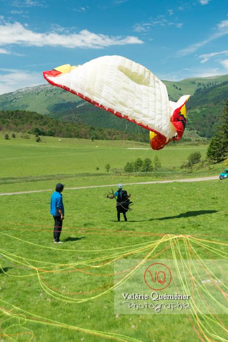 Pente école de parapente dans les Hautes-Pyrénées / Occitanie - Réf : VQ-PARA-0064 (Q3)