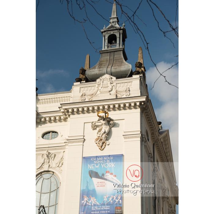 Théâtre des Westens sur la Kantstraße, Berlin / Allemagne - Réf : VQALL_BL-0029 (Q3)