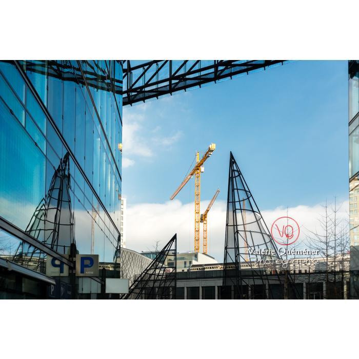 Architecture moderne en verre, Berlin / Allemagne - Réf : VQALL_BL-0033 (Q3)