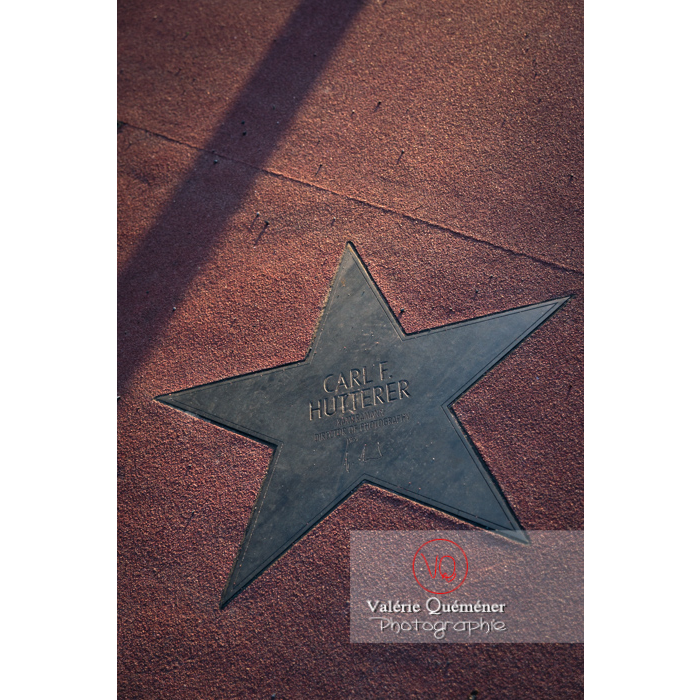 Étoile du sol du boulevard des stars, Potsdamer Straße, Berlin / Allemagne - Réf : VQALL_BL-0086 (Q3)
