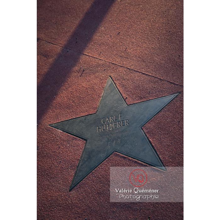 Détail d'une étoile du boulevard des stars, Potsdamer Straße, Berlin / Allemagne - Réf : VQALL_BL-0086 (Q3)