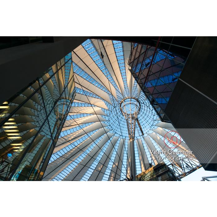 Coupole du Sony Center, Potsdamer Platz, Berlin / Allemagne - Réf : VQALL_BL-0090 (Q3)