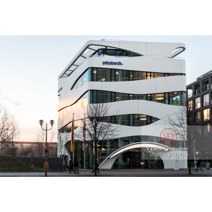 Fondation Otto Bock par l'architecte Gnädinger, Postdamer Platz, Berlin / Allemagne - Réf : VQALL_BL-0109 (Q3)