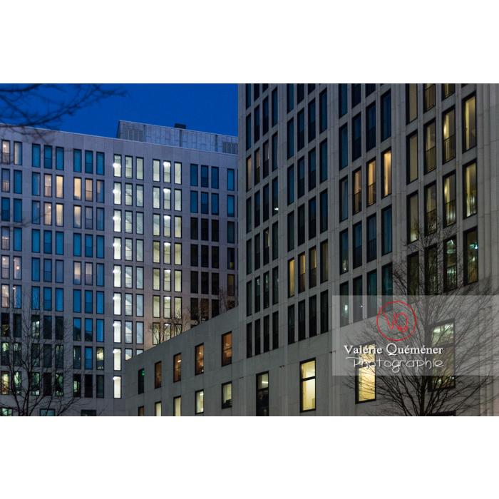 Immeubles de bureaux de nuit, Potsdamer Platz, Berlin / Allemagne - Réf : VQALL_BL-0145 (Q3)