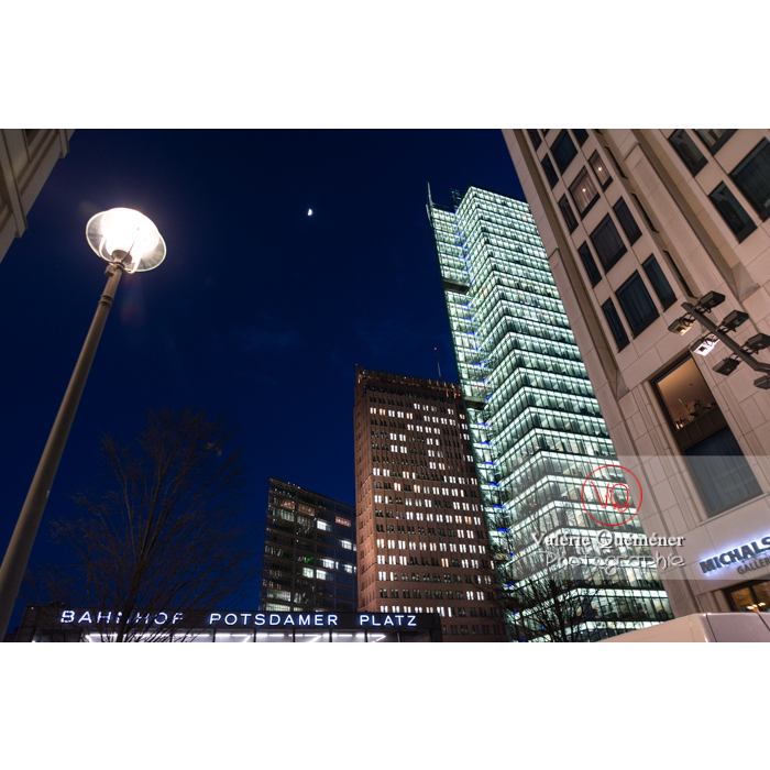 Immeubles / bureaux de nuit, Potsdamer Platz, Berlin / Allemagne - Réf : VQALL_BL-0155 (Q3)
