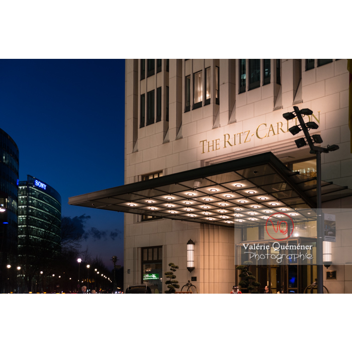 Hôtel de luxe de nuit, Potsdamer Platz, Berlin / Allemagne - Réf : VQALL_BL-0158 (Q3)