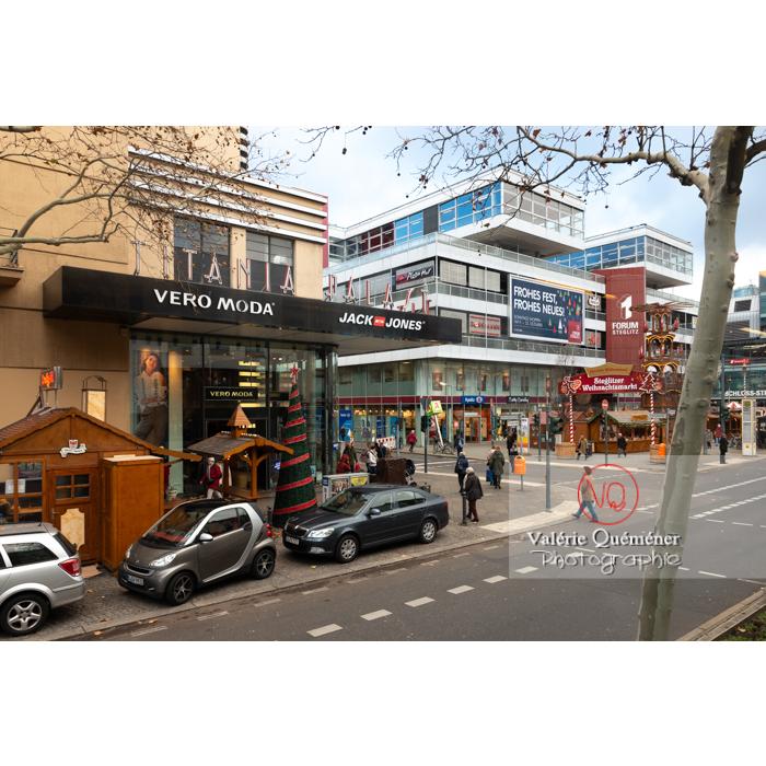 Rue commerçante à Berlin / Allemagne - Réf : VQALL_BL-0167 (Q3)