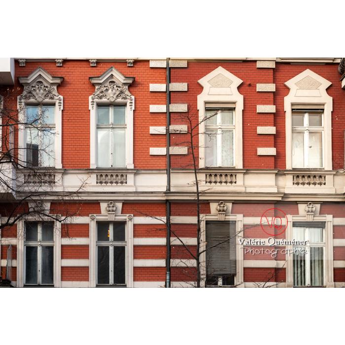 Façade d'immeuble en briques, Berlin / Allemagne - Réf : VQALL_BL-0170 (Q3)