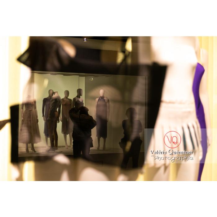 Exposition Couturiers de la danse au CNCS à Moulins - Réf : VQFR03-0353 (Q3)