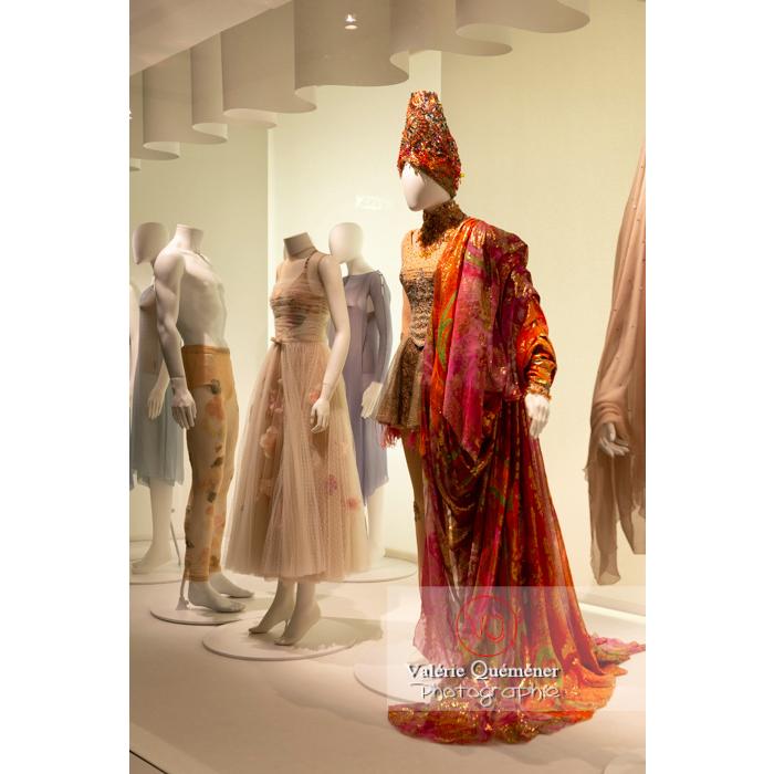 Costume oriental de Christian Lacroix - Réf : VQFR03-0355 (Q3)