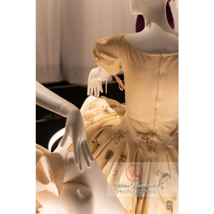 Costumes de Gianni Versace pour Maurice Béjart - Réf : VQFR03-0390 (Q3)