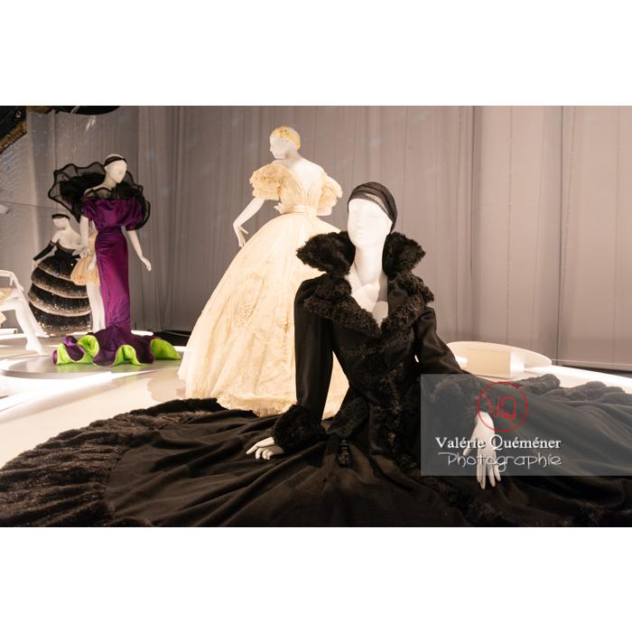 Costumes de Gianni Versace pour Maurice Béjart - Réf : VQFR03-0399 (Q3)