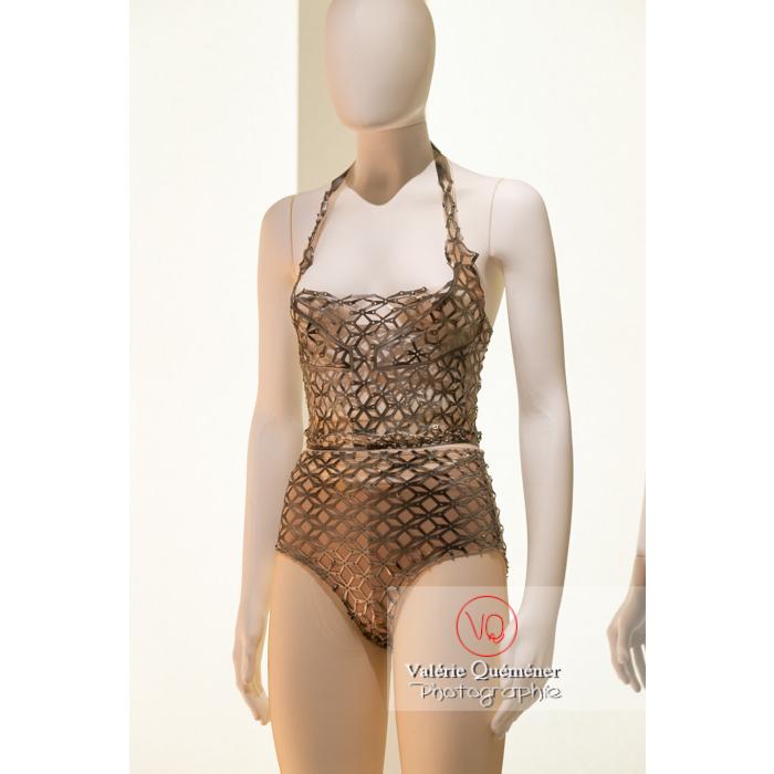 Costumes d'Iris Van Herpen pour Benjamin Millepied - Réf : VQFR03-0403 (Q3)