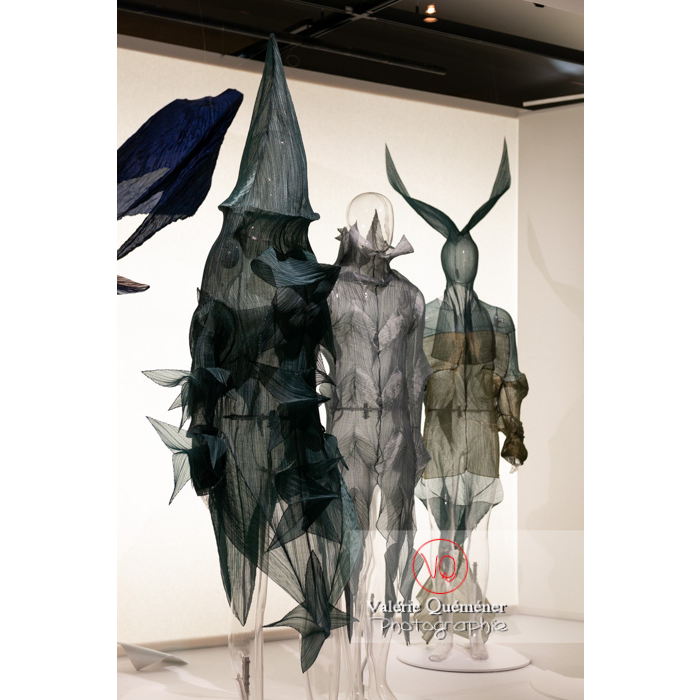 Costumes d'Issey Miyake pour William Forsythe - Réf : VQFR03-0407 (Q3)