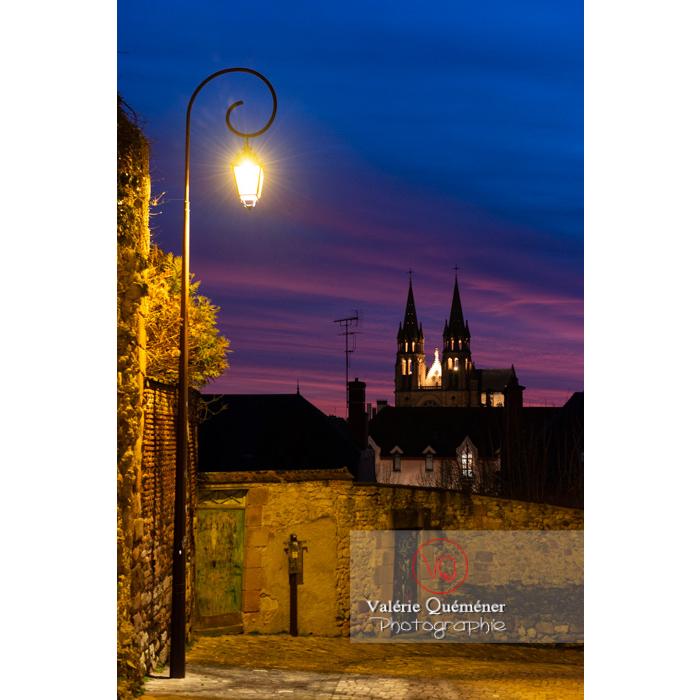 Coucher de soleil sur l'église du Sacré-Cœur à Moulins / Allier / Auvergne-Rhône-Alpes - Réf : VQFR03-0445 (Q3)