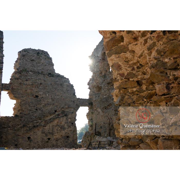 Ruines du château de Saissac en Pays Cathare / Aude / Occitanie - Réf : VQFR11-0091 (Q1)