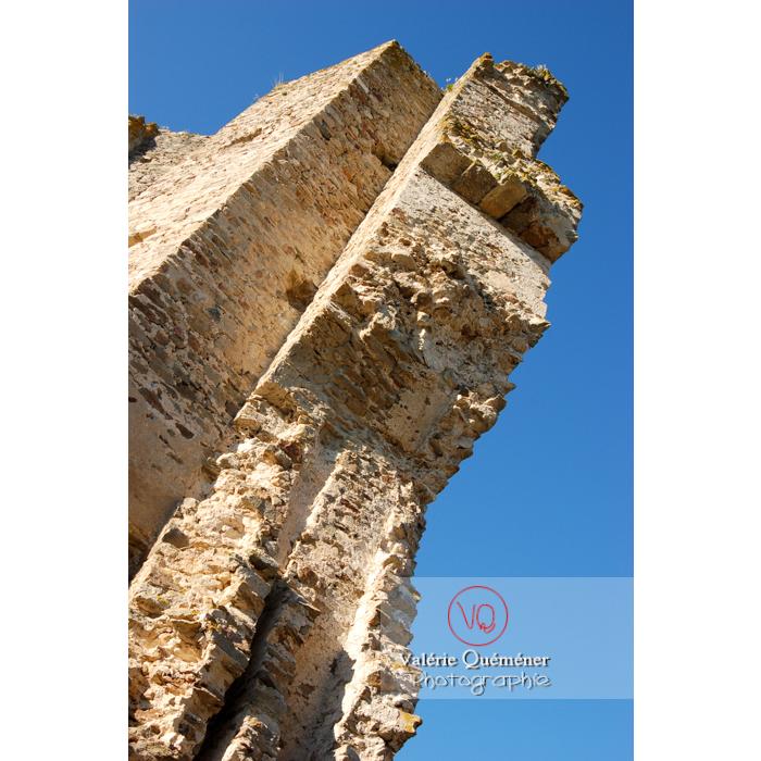 Ruines du château de Saissac en Pays Cathare / Aude / Occitanie - Réf : VQFR11-0092 (Q1)