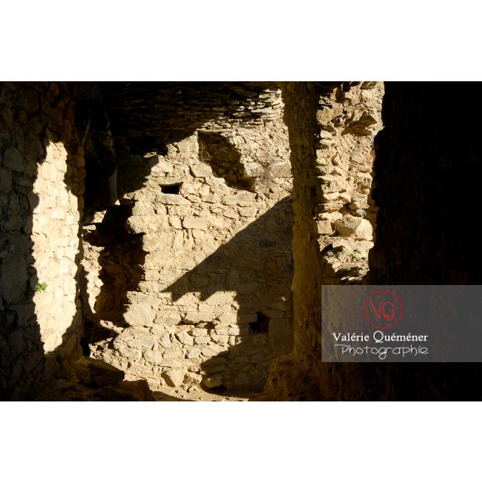 Ruines du château de Saissac en Pays Cathare / Aude / Occitanie - Réf : VQFR11-0105 (Q1)