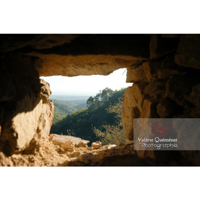 Vue depuis le château de Saissac en Pays Cathare / Aude / Occitanie - Réf : VQFR11-0111 (Q1)