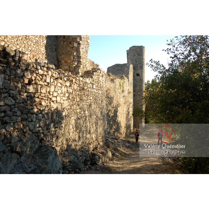 Enceinte du château de Saissac en Pays Cathare / Aude / Occitanie - Réf : VQFR11-0117 (Q1)