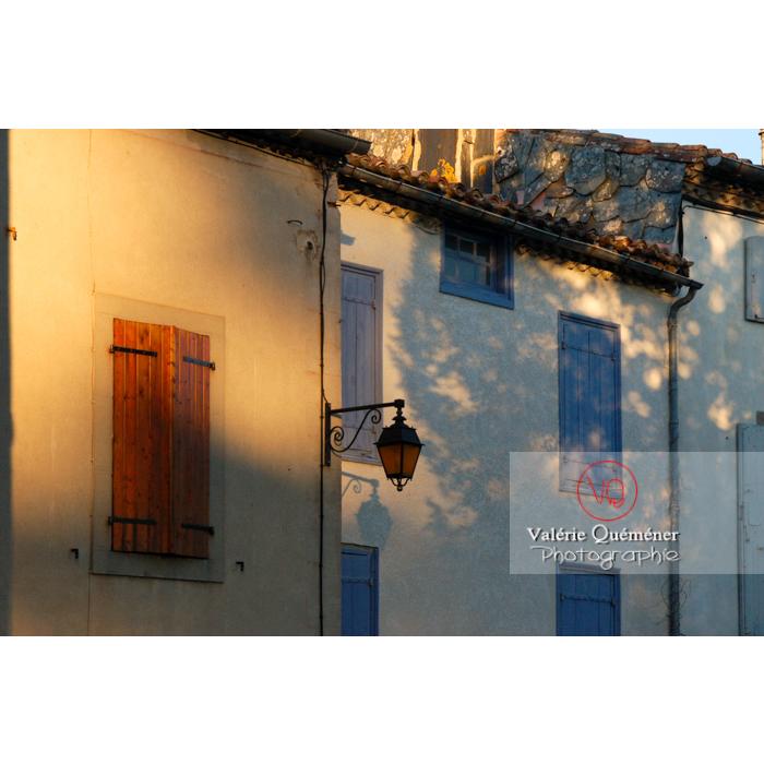 Maisons du village de Saissac, en Pays Cathare / Aude / Occitanie - Réf : VQFR11-0133 (Q1)