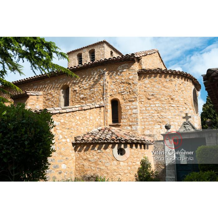 Vue extérieur de l'église Sainte-Marie-Madeleine (MH) au village de Rennes-le-Château / Aude / Occitanie - Réf : VQFR11-0144 (Q2)