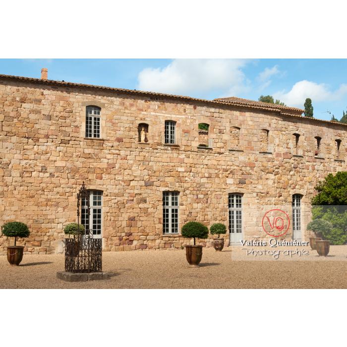 Cour de travail ou cour Louis XIV de l'Abbaye de Fontfroide (MH) / Aude / Occitanie - Réf : VQFR11-0187 (Q2)