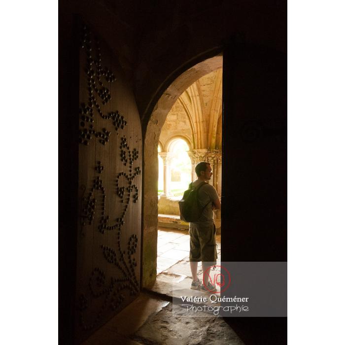Vieille porte de l'Abbaye de Fontfroide (MH) / Aude / Occitanie - Réf : VQFR11-0196 (Q2)