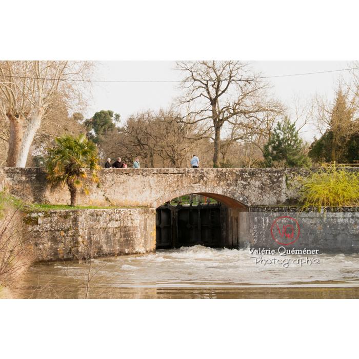 Écluse de la méditerranée proche du seuil de Naurouze, sur le canal du Midi / Aude / Occitanie - Réf : VQFR11-0304 (Q2)