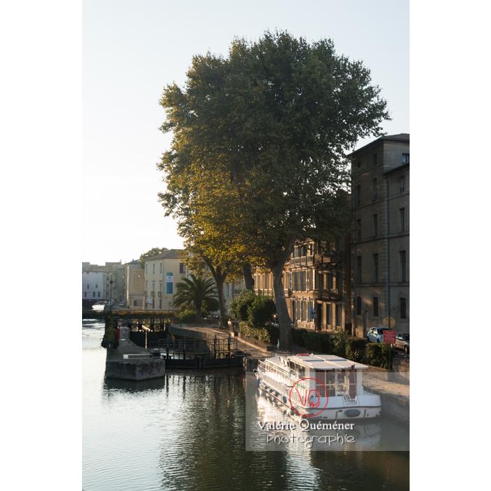 Écluse de Narbonne sur le canal de la Robine / Aude / Occitanie - Réf : VQFR11-0415 (Q3)