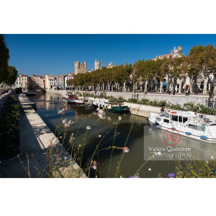 Vue sur le palais des archevêques et le pont des marchands depuis le canal de la Robine, à Narbonne - Réf : VQFR11-0418 (Q3)