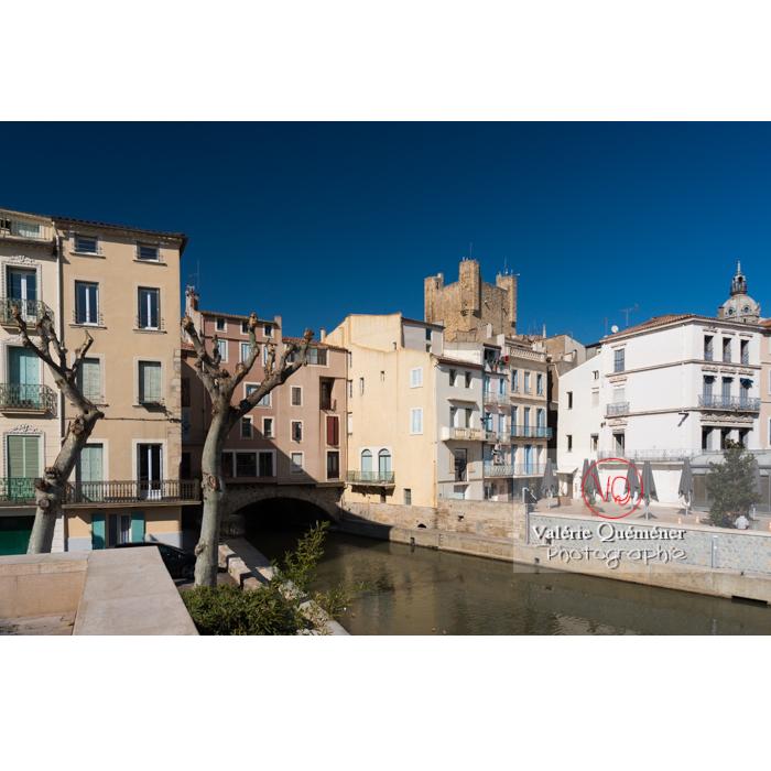 Vue sur le palais des archevêques et le pont des marchands depuis le canal de la Robine, à Narbonne - Réf : VQFR11-0421 (Q3)
