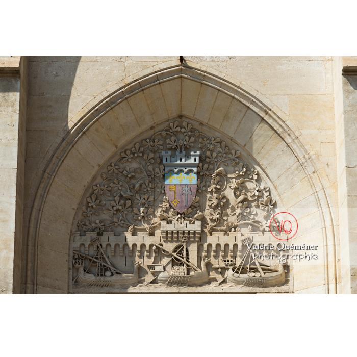 Détail fronton de l'hôtel de ville de Narbonne - Réf : VQFR11-0435 (Q3)