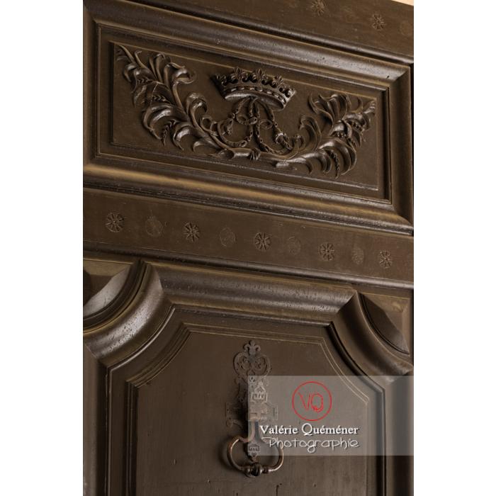 Vielle porte et voûte au palais des archevêques, à Narbonne - Réf : VQFR11-0445 (Q3)