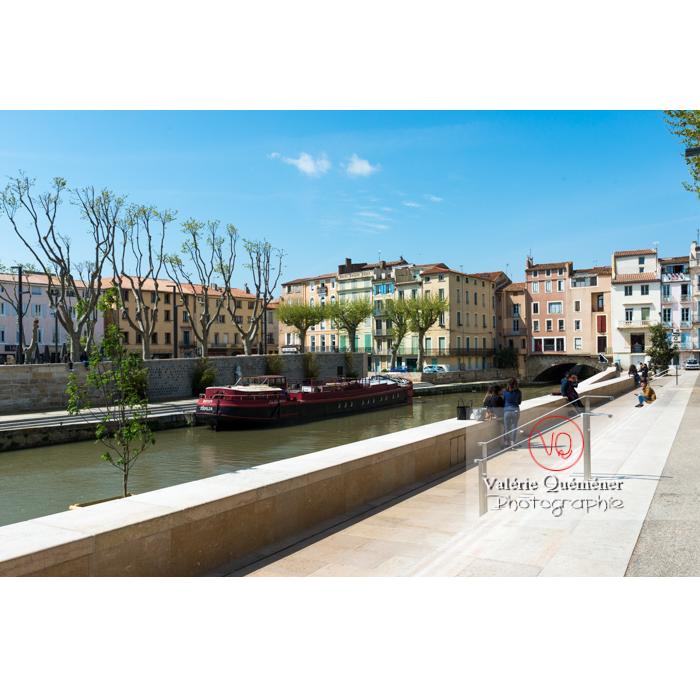 Quai le long du canal de la Robine et pont des marchands, à Narbonne - Réf : VQFR11-0460 (Q3)