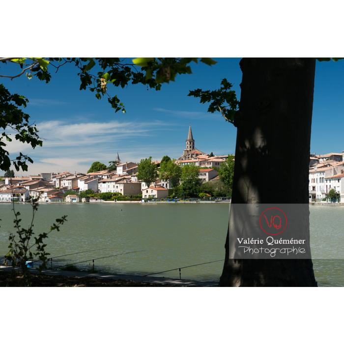Village de Castelnaudary au bord du canal du midi / Aude / Occitanie - Réf : VQFR11-0671 (Q3)
