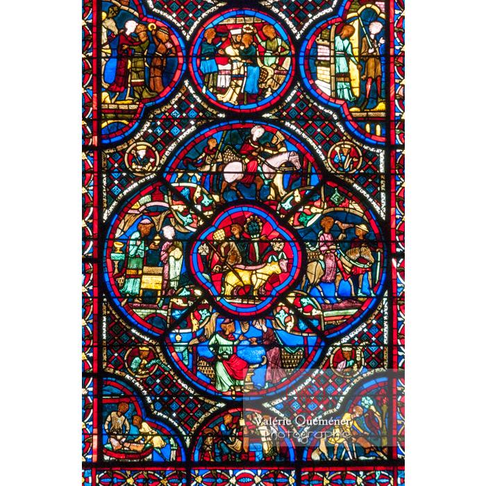Vitrail de la cathédrale Saint-Étienne de Bourges / Cher - Réf : VQFR18-0003 (Q2)