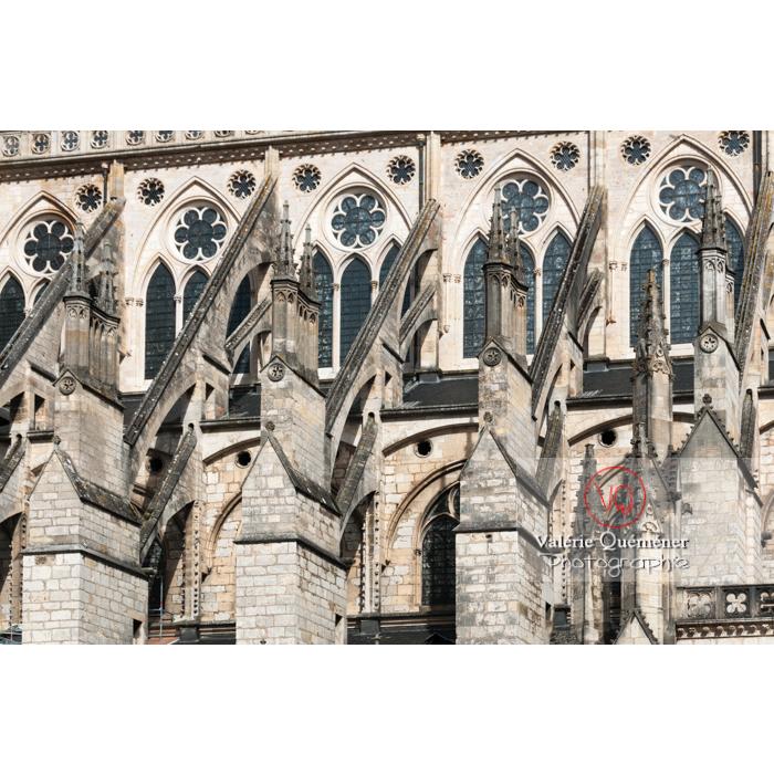 Détail des contreforts de la cathédrale Saint-Étienne de Bourges / Cher - Réf : VQFR18-0012 (Q2)