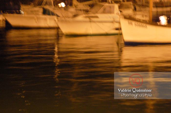 Port de Binic de nuit / Côtes d'Armor / Bretagne - Réf : VQFR22-0187 (Q1)