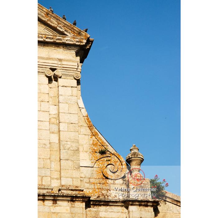 Détail de l'église St-Mathurin à Moncontour / Côtes d'Armor / Bretagne - Réf : VQFR22-0241 (Q1)