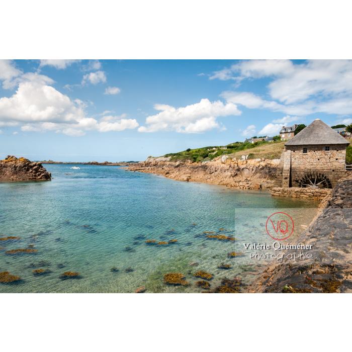 Retenue d'eau du moulin à marée du Birlot (MH) sur l'île de Bréhat / Côtes d'Armor / Bretagne - Réf : VQFR22-0398 (Q2)