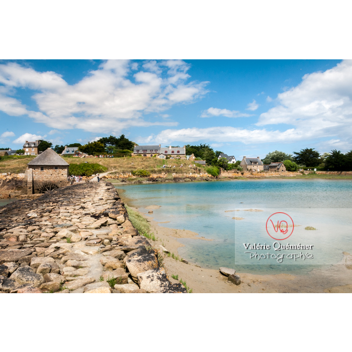 Retenue d'eau par le moulin à marée du Birlot (MH) sur l'île de Bréhat / Côtes d'Armor / Bretagne - Réf : VQFR22-0400 (Q2)