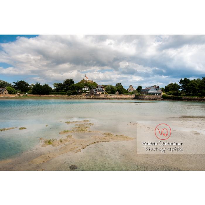 Retenue d'eau sur l'île de Bréhat / Côtes d'Armor / Bretagne - Réf : VQFR22-0401 (Q2)