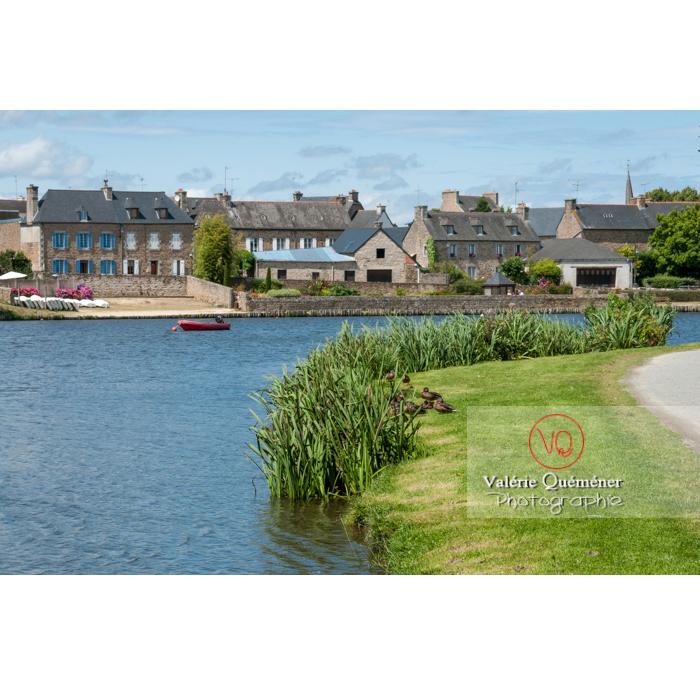 Plan d'eau à Châtelaudren / Côtes d'Armor / Bretagne - Réf : VQFR22-0449 (Q2)