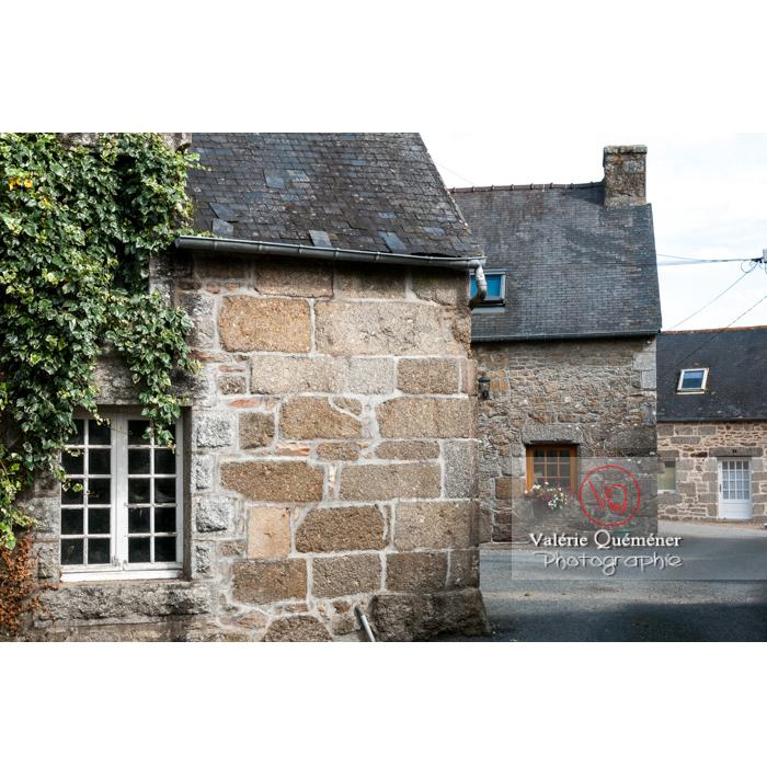 Maisons en pierres à Bulat-Pestivien / Côtes d'Armor / Bretagne - Réf : VQFR22-0479 (Q2)
