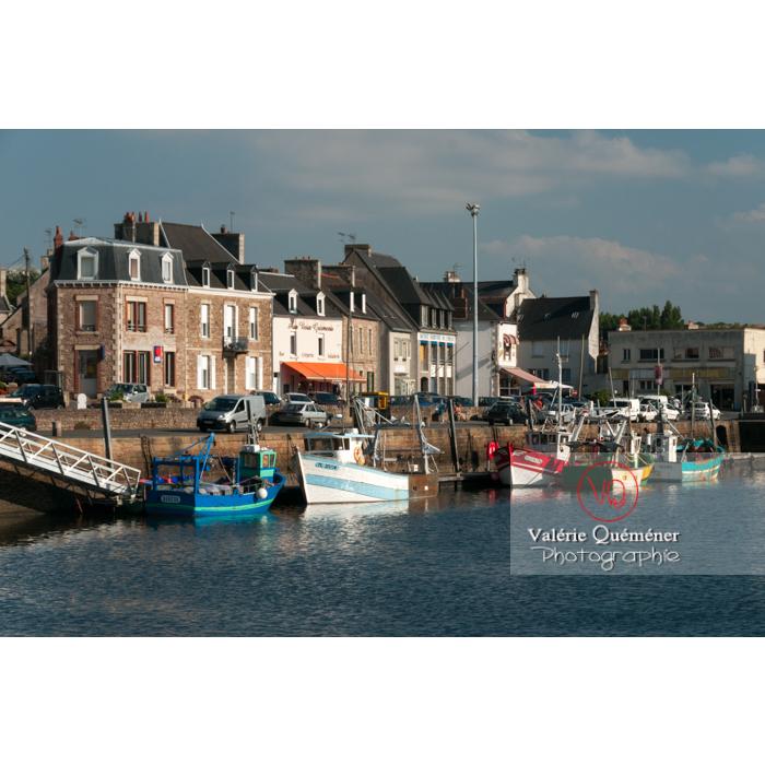 Port de Paimpol / Côtes d'Armor / Bretagne - Réf : VQFR22-0927 (Q2)